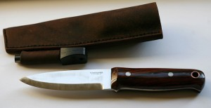 Bushcraft knife with sheath