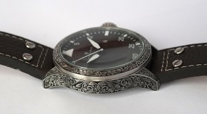 Engraved Sottomarino watch - sideview